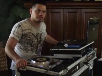 DJ Guillermo Vidaurre